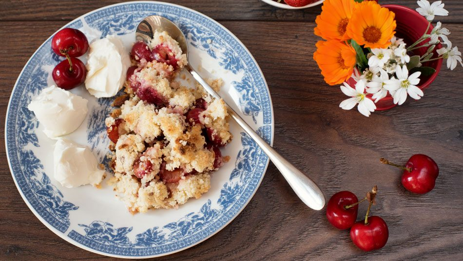Slow-Cooker-Cherry-Cobbler