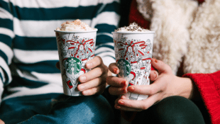 Starbucks is Giving Away $1 Million in Gift Cards This Holiday Season